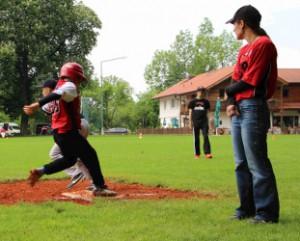 knappes Play an 1st Base