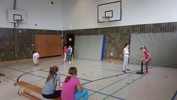 Schulprojekt Baseball an der Grundschule Happing